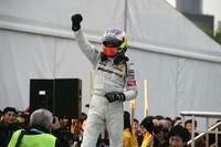 di Resta takes title as Paffett wins in Shanghai