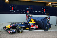Red Bull Racing unveils new 2011 contender at Valencia