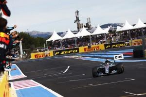 Neue Boxeneinfahrt: FIA-Rennleiter inspiziert Änderungen in Le Castellet