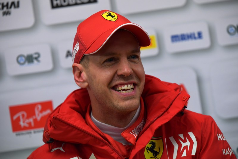 Bester erster Tag aller Zeiten: Sebastian Vettel überglücklich!
