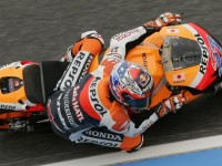 Stoner heads MotoGP front row at Le Mans