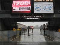 Rain and cold again dampen Indy 500 preparations