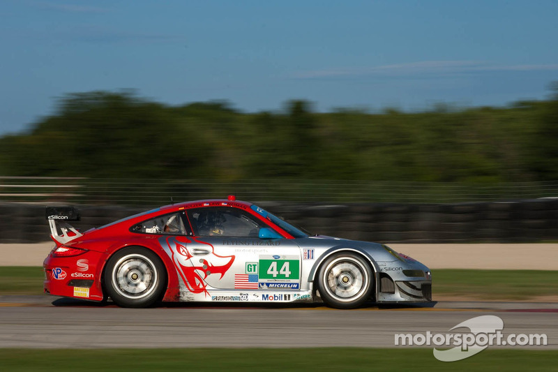 Flying Lizard Road America race report