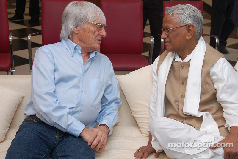 Ecclestone sure India GP to run without problems
