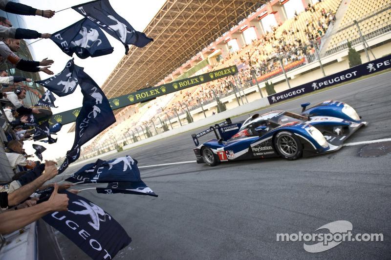 Peugeot ends 2011 season with1-2 finish at Zhuhai