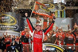 NASCAR Cup SHR celebrates Tony Stewart's third championship