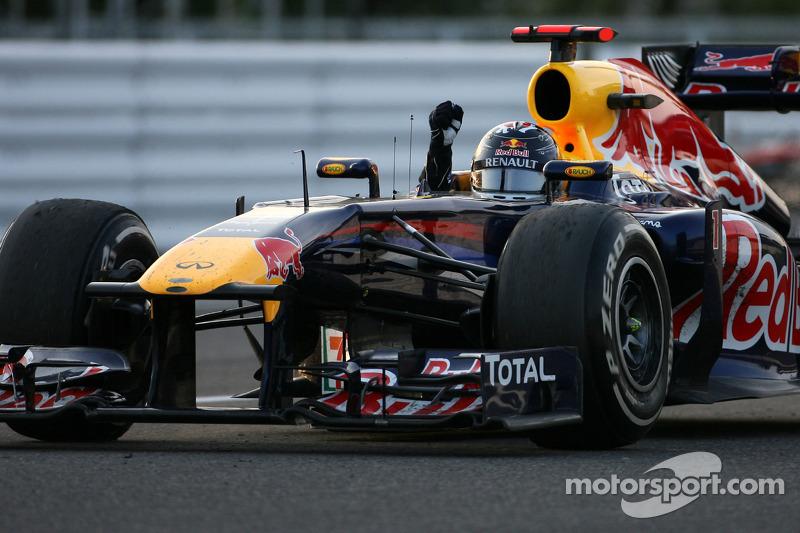 Sensational Vettel secures record breaking Brazilian GP pole position