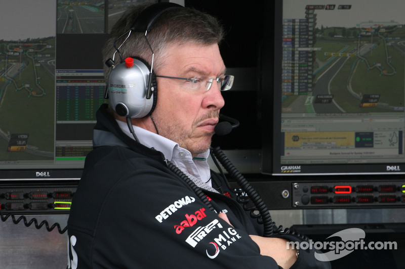 New Mercedes to debut at second test