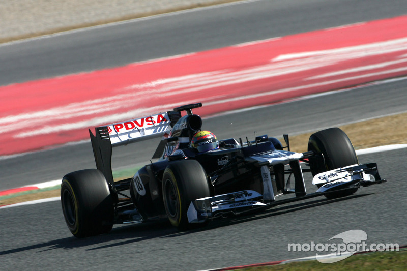 Maldonado sets fastest lap on third day of testing in Barcelona