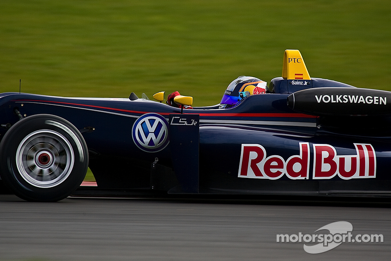 Sainz dominant in F3 Feature Race at Monza