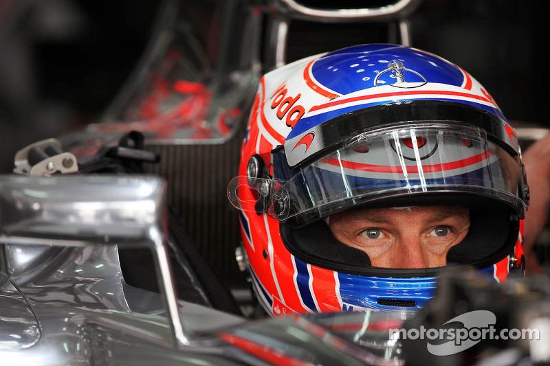 McLaren Bahrain GP - Sakhir Friday practice report