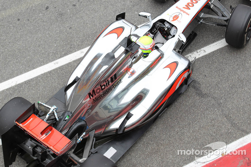 McLaren set to race new higher nose in Spain