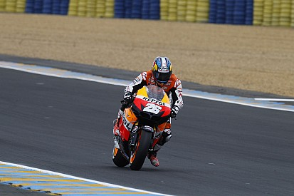 Pedrosa grabs pole at damp Le Mans qualifying