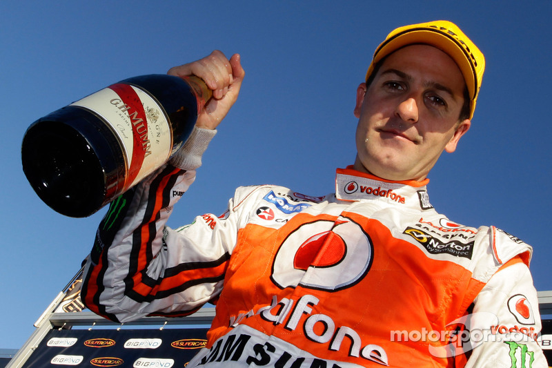 Whincup takes victory in Hidden Valley opener