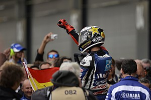 MotoGP Lorenzo extends championship lead at Silverstone