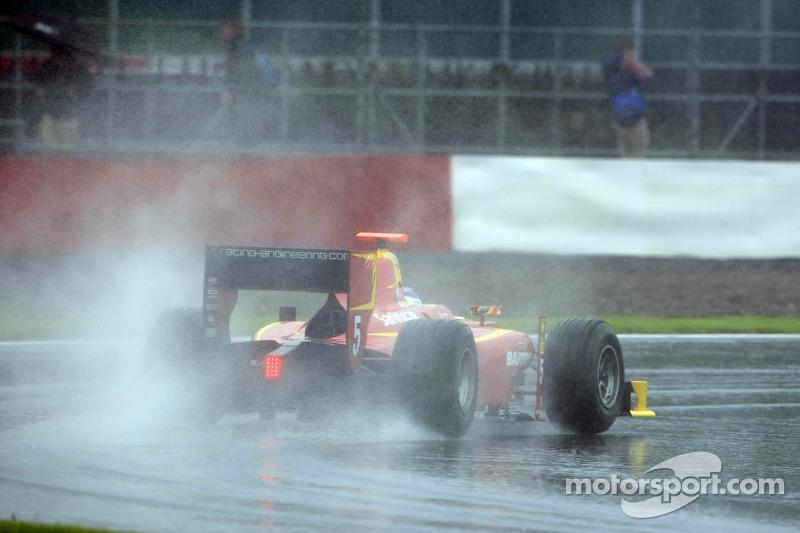 Leimer flies to Silverstone pole