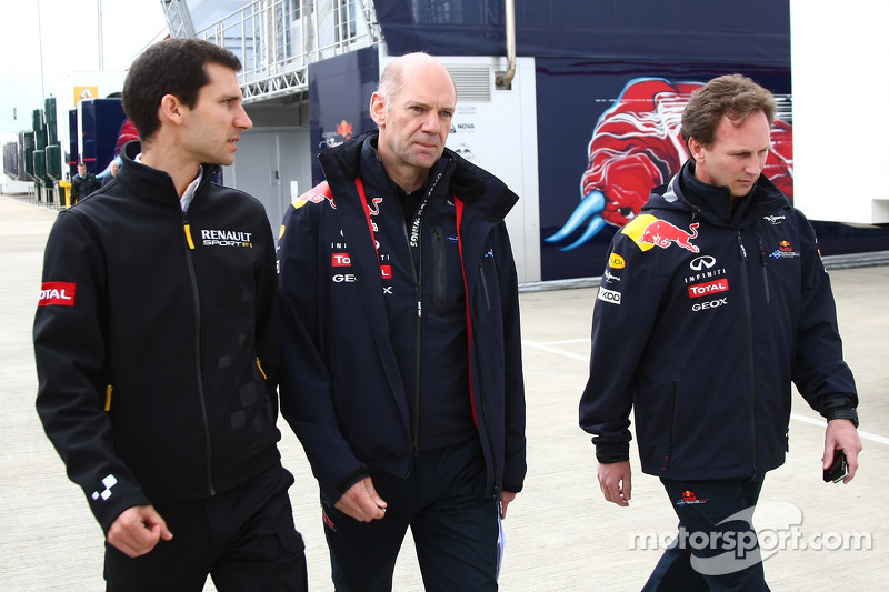 Renault defends pushing F1 rules to limit with Red Bull
