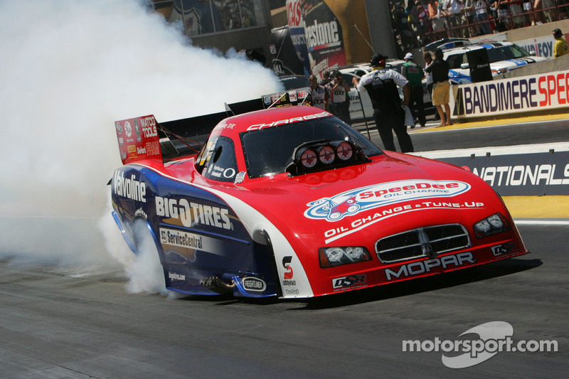 NTB driver Johnny Gray flies under gray skies at Brainerd