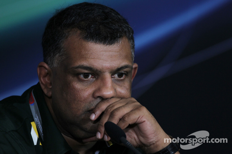 Fernandes upset with Kovalainen's manager - report