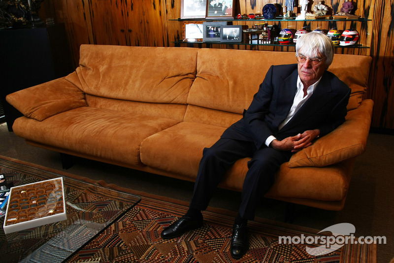 German prosecutors prepare to charge Ecclestone