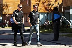 Formula 1 Commentary 'Piranhas' putting 'trout' Grosjean under pressure