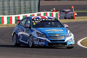 WTCC Testing report Two Cruzes on top of the testing time sheets in Shanghai