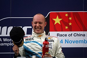 WTCC Race report Two doubles for Chevrolet in China
