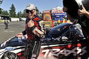 NHRA Race report Courtney Force reaches 4th finals and Neff finishes season 3rd on Pomona finale