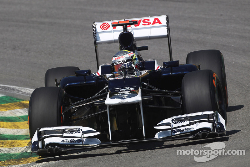 Williams has difficulties find the right balance on Friday practice at Interlagos