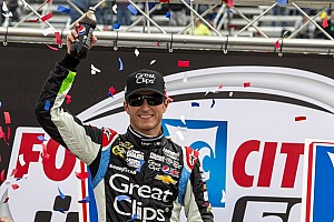 NASCAR Cup Race report Kahne gets a big win in the Bristol 500