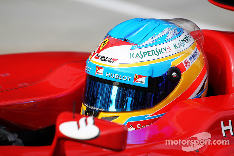 Alonso expects Raikkonen 'pressure' in race