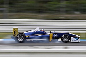 F3 Europe Breaking news Kvyat will contest rest of season with Carlin