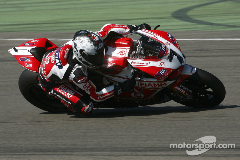 Team SBK Ducati Alstare faces difficult conditions at a wet and windy Donington