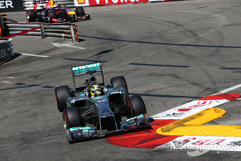 Mercedes could quit over Ecclestone corruption