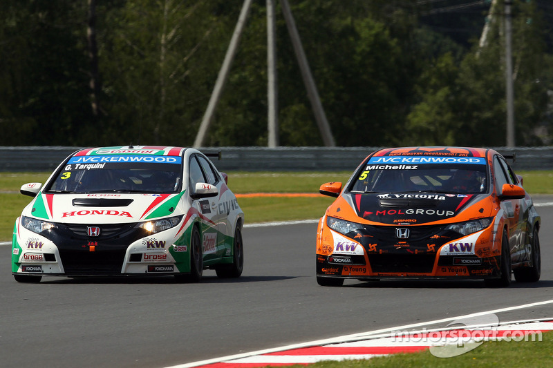 Top five grid slots for Honda Civics at Moscow Raceway