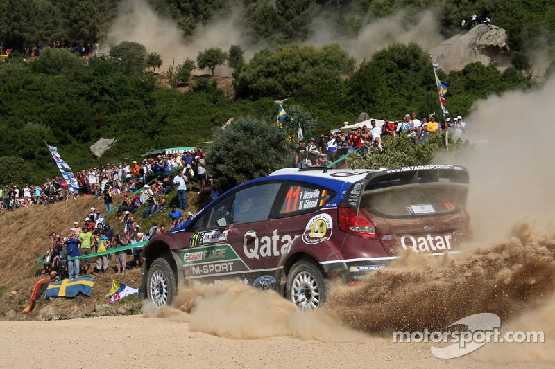 Neuville holds podium position after day one in Sardinia