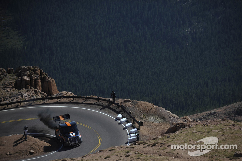 Gale Banks and Mike Ryan will be Breaking Bad at Pikes Peak