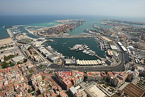 Formula 1 Breaking news Host of 2014 Spanish GP still unclear - Ecclestone