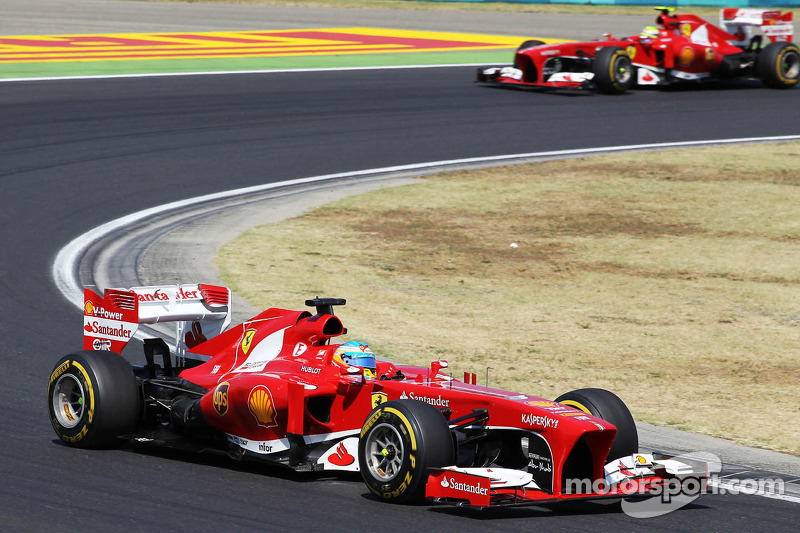Ferrari tries to ease 2014 driver rumours