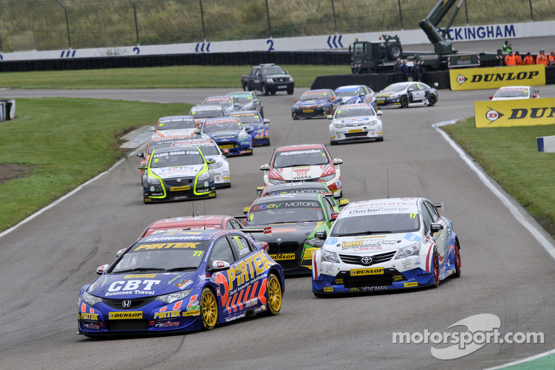 Teams and drivers blasts into Silverstone for penultimate event of 2013 season