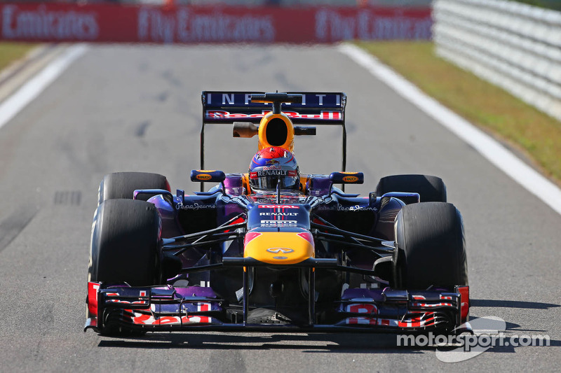 Red Bull's car, not driver, 'unbeatable' - Hamilton
