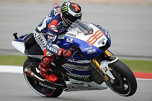MotoGP Qualifying report Flying Lorenzo tops Friday practice at Philip Island