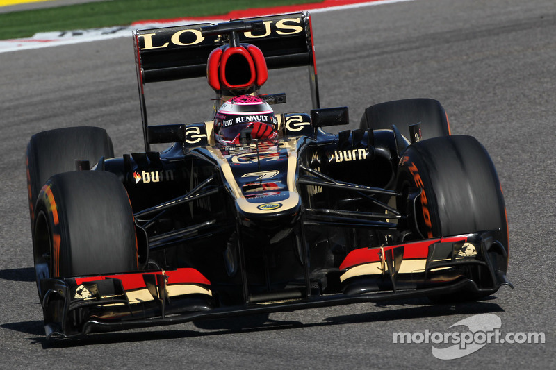 Kovalainen and Grosjean ended first day of practice at Austin