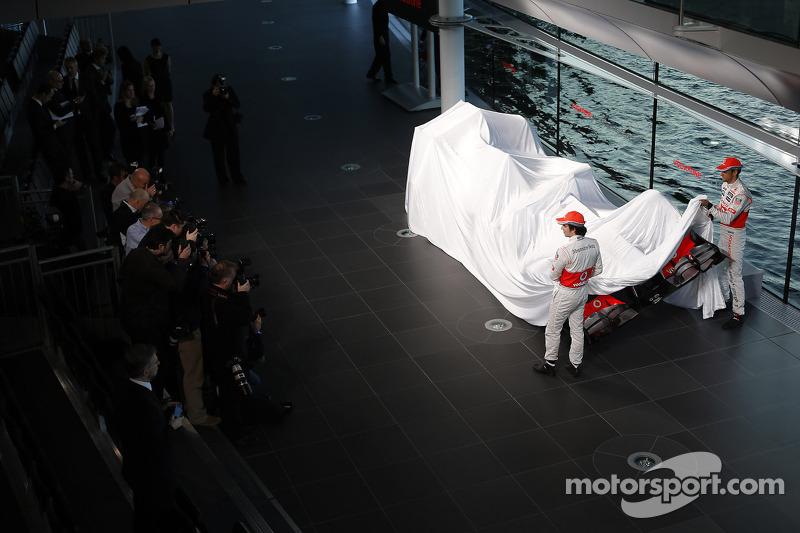 No orange for McLaren after Dennis return