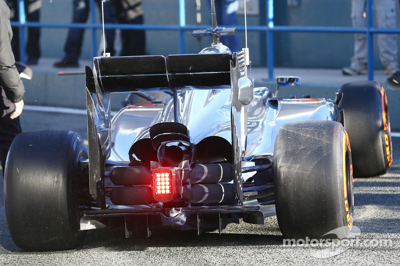 Akebono Brake Company increases technical integration with McLaren Mercedes
