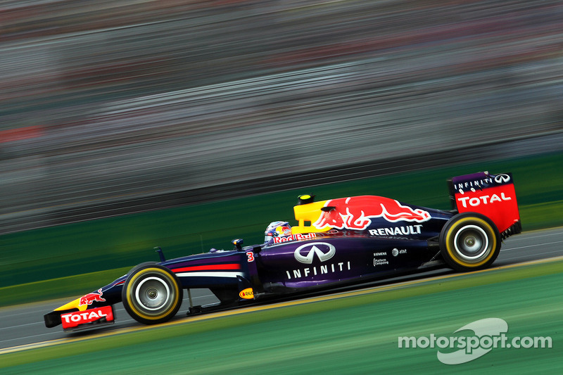 Fuel 'arguments' could return in Malaysia - Horner