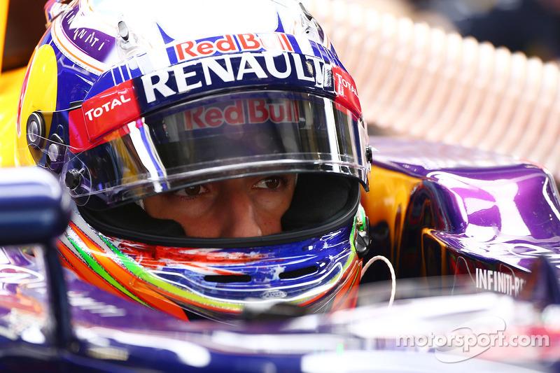 Ricciardo beating Vettel 'surprise of the season'