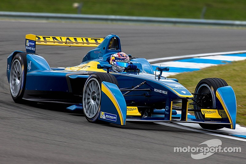 E Dams Renault Tops The Time Sheets