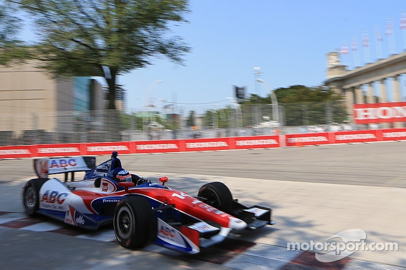 Sato sidelined on Lap 1 at Toronto