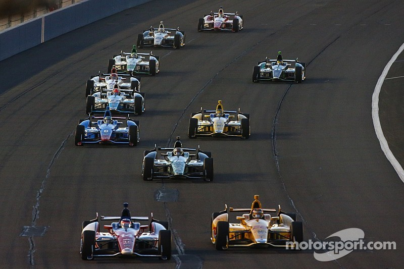 IndyCar goes dark as many 2015 questions remain unanswered